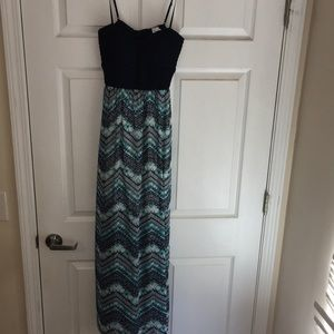 Maxi dress with cut out back detail